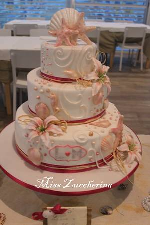 Love on the seashore - Cake by Miss Zuccherina cake designer