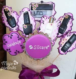Bouquet for a nail stylist - Cake by Ewa Kiszowara