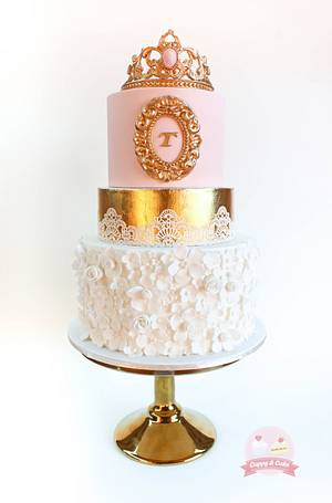 Royale cake - Cake by Cuppy & Cake