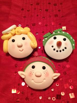 Domed Christmas Novelty Cup Cakes - Cake by calscakecreations
