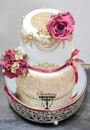 Royal Beauty - Cake by khushi