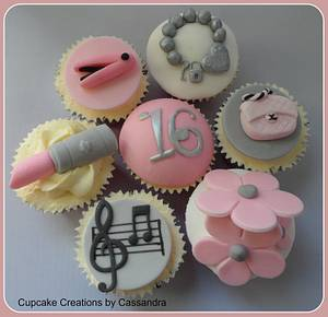 Lottie's 16th birthday cupcakes - Cake by Cupcakecreations