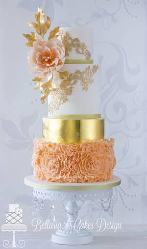 Let's get gold ! - Cake by Bellaria Cake Design