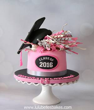 Graduation Day! - Cake by Lulubelle's Bakes