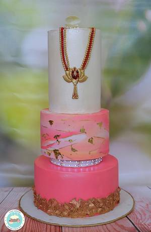 Bejeweled Sheen Beauty by Vandana Jain - Cake by Cakesapphire