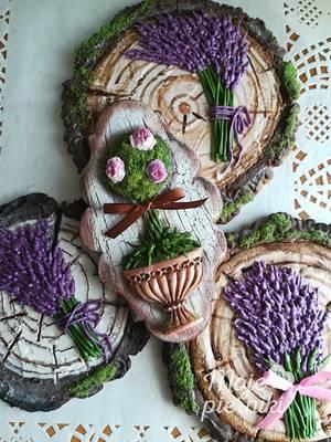 Tree bark, moss, lavender - Cake by Ewa Kiszowara