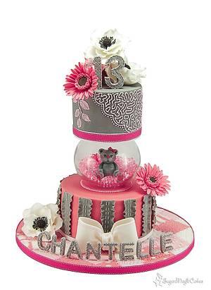 Teddy bear in a bowl - Cake by SugarMagicCakes (Christine)