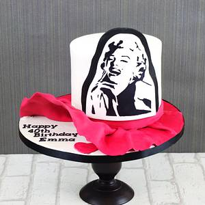 Marilyn Monroe - Cake by Donnasdelicious