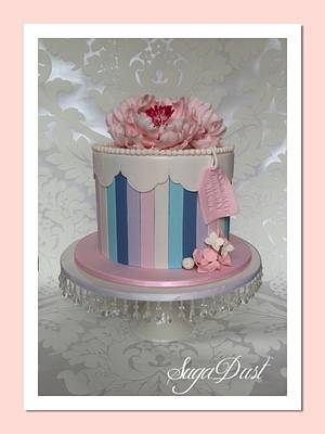 Vintage Gift Box with Pretty Pink Peonies - Cake by Mary @ SugaDust
