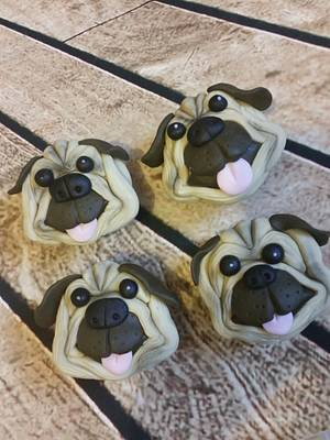 Pug cupcakes - Cake by Love it cakes