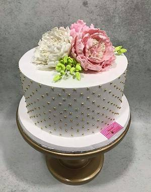 Pretty  - Cake by Michelle's Sweet Temptation