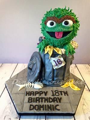 Oscar the Grouch - Cake by Dinkylicious Cakes