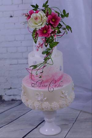 Rose and cosmos bouquet cake - Cake by AnnaCakes