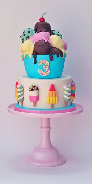 retro ice lollies and ice cream  - Cake by The sugar cloud cakery