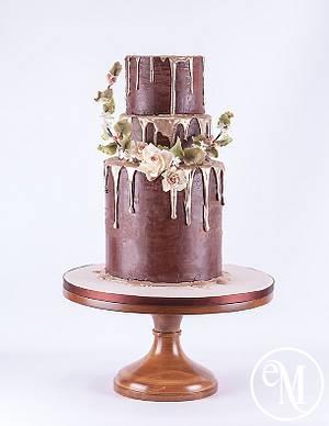 Molten gold & chocolate cake - Cake by Enchanting Merchant Company