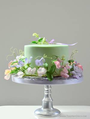 Cake with sweet pea - Cake by Taart en Deco