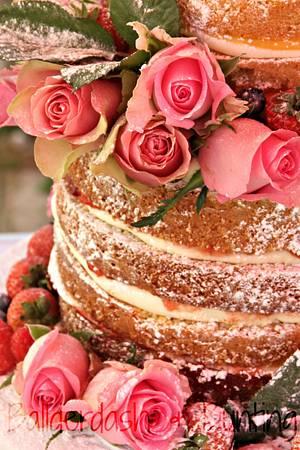 Naked cake with roses - Cake by Ballderdash & Bunting
