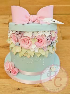 Hatbox birthday cake - Cake by thehandcraftedcake