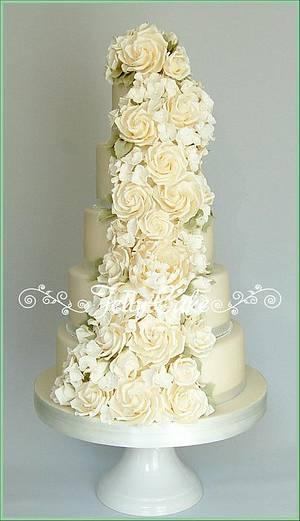 Ivory Rose Cascade Wedding Cake - Cake by JellyCake - Trudy Mitchell