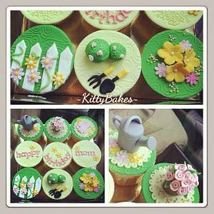 Gardening Cupcakes - Cake by Ling KittyBakes