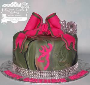Girly Camo - Cake by Sugar Sweet Cakes