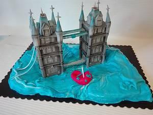 London - Cake by carlaquintas