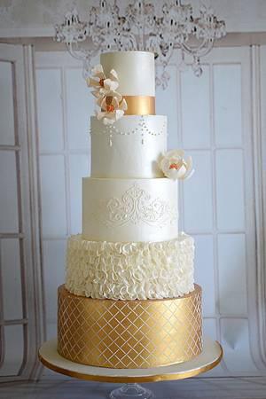 Grandeur  - Cake by Indulgence by Shazneen Ali
