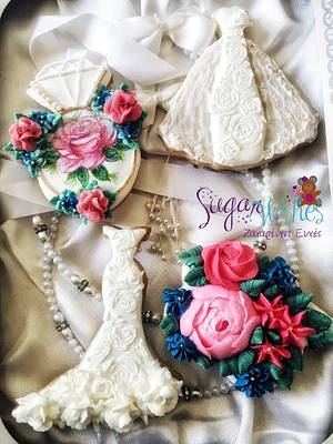 Wedding Roses - Cake by Tina Tsourtsoulas