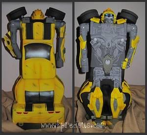 Bumblebee Transformers Cake - Cake by Monika Zaplana
