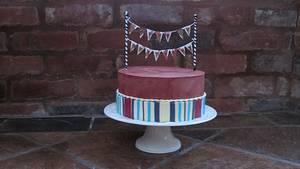 Stripes - Cake by Bakedincakedout