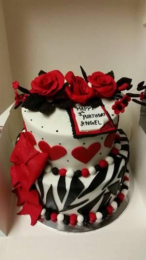 Glitz and glammer - Cake by Cake house sensation