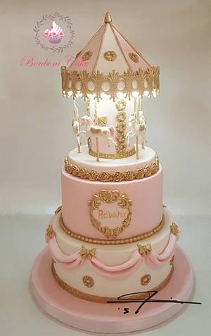 carousel with light cake - Cake by mona ghobara/Bonboni Cake