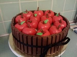 Basket of Apples - Cake by Melissa