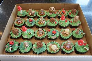 Woodland Cupcakes - Cake by VictoriousOccasions