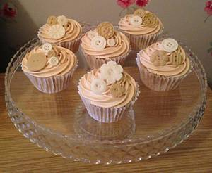 Vintage button 'Dulce de leche' salted caramel cupcakes  - Cake by Clairey's Cakery