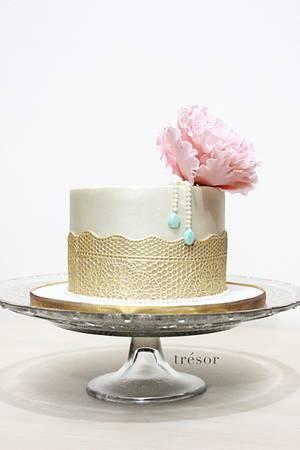 Peony Love - Cake by Trésor Cakes & Confiseries