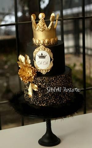 Gold Crown Cake - Cake by Sihirli Pastane