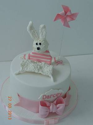 pinwheel and favourite bunny - Cake by sasha