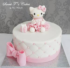 Kitty  - Cake by Sweet Tś Cakes by Tina Andorfer