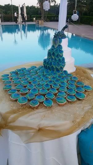 Peacock Cake - Cake by DeliciousSparklyCakes
