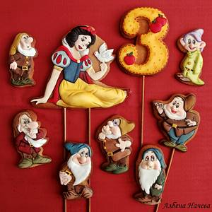 Snow White and seven dwarfs - Cake by Albena Nacheva