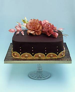 chocolate gold  - Cake by Zuzana Bezakova
