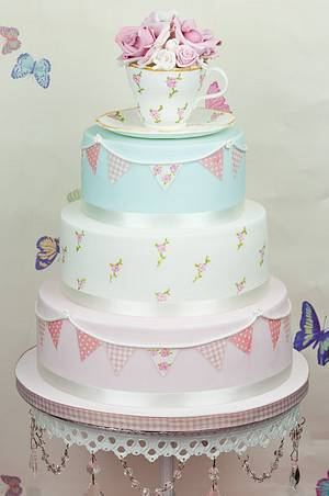 Vintage tea party wedding cake - Cake by Paula