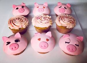 Piggy Cupcakes - Cake by Bombshell Bakes