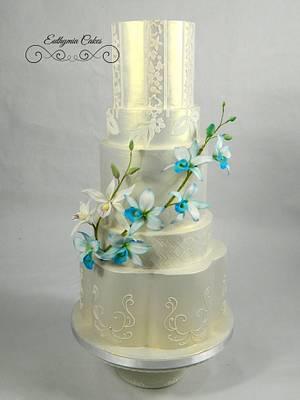 Iridescent Gold wedding cake - Cake by Eva