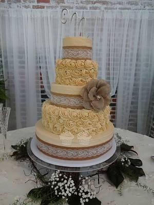 Rustic & Roses - Cake by Susan