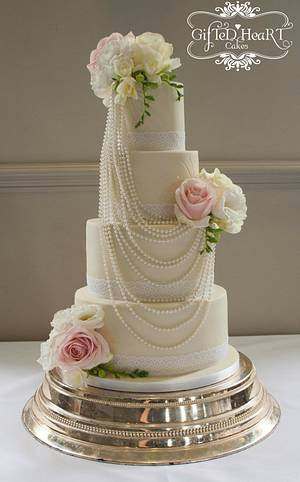 Pearls and Roses Wedding Cake - Cake by Emma Waddington - Gifted Heart Cakes