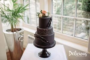 Black 3 tier wedding cake - Cake by Jo