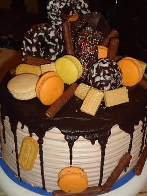 Explosion cake💣 - Cake by Nodycakes