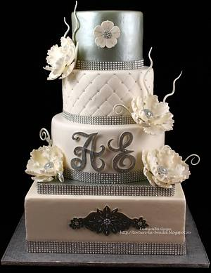 Silver and white wedding cake - Cake by Luminita Guzu